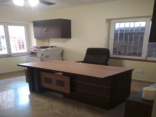 Image-Modern Desk With Multiple Feature