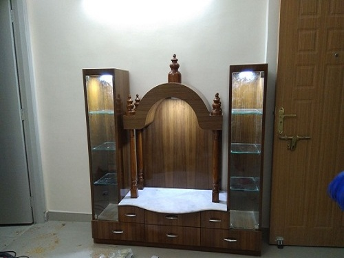 Image-Puja Throne